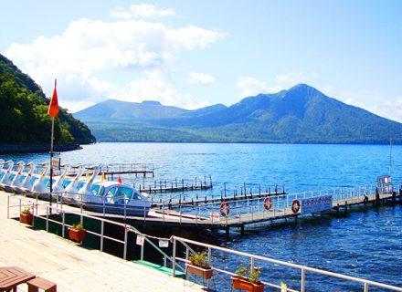 札幌観光+支笏湖ブルーを体感、後は新千歳空港へ 楽々快適コース